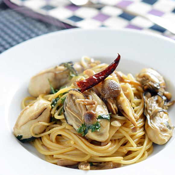 牡蠣(かき)ときのこのスパゲッティ コープのにこにこレシピ