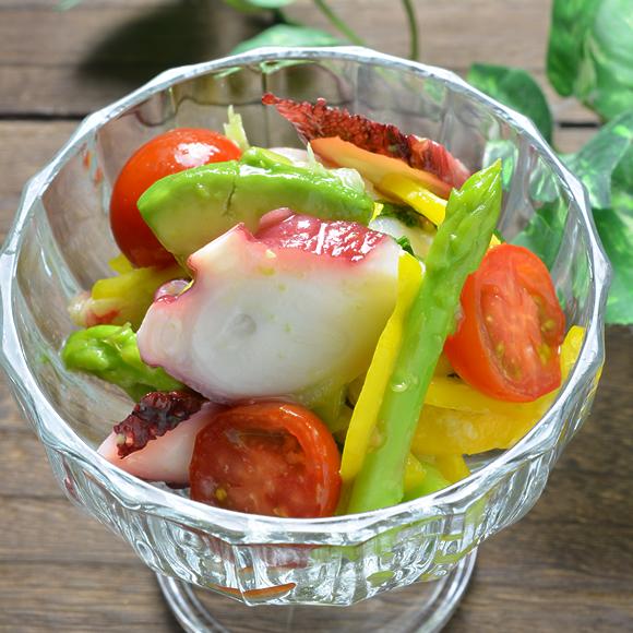 たことカラフル野菜のピーチマリネ