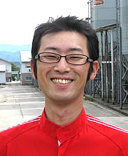 (株)タカムラ鶏園 富樫 昭栄さん